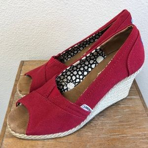 Toms Peep Toe Wedges Red Size 8